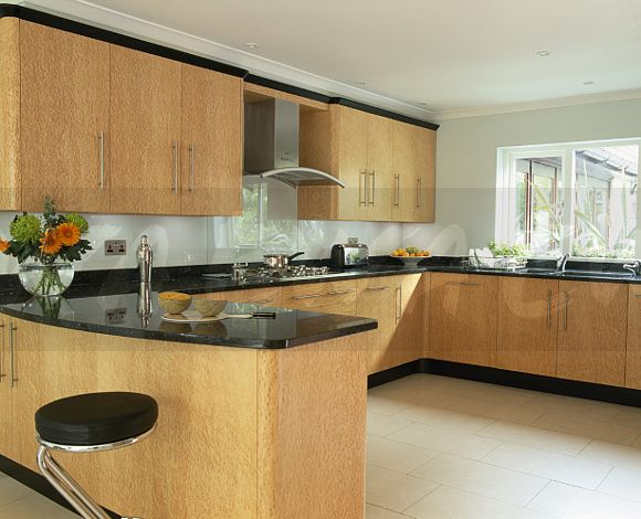 Kitchen Tiles Ideas Pictures Cream Units kitchen tiles black worktop tile and wall colours go with worktops