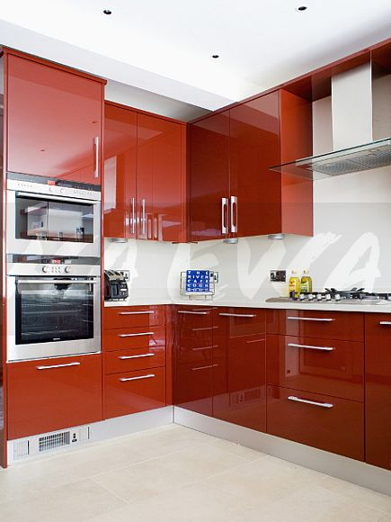 Image glossy red fitted cupboards and units in modern for Red fitted kitchen