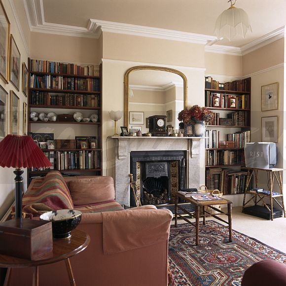 Victorian Library Room: Image: Dark Pink Sofa In Victorian-style Living Room With