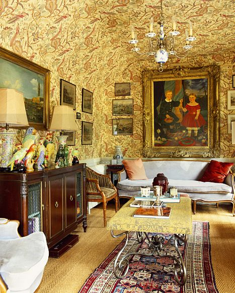 Floral Wallpaper On Ceiling And Walls Of Edwardian Style Nineties Living  Room