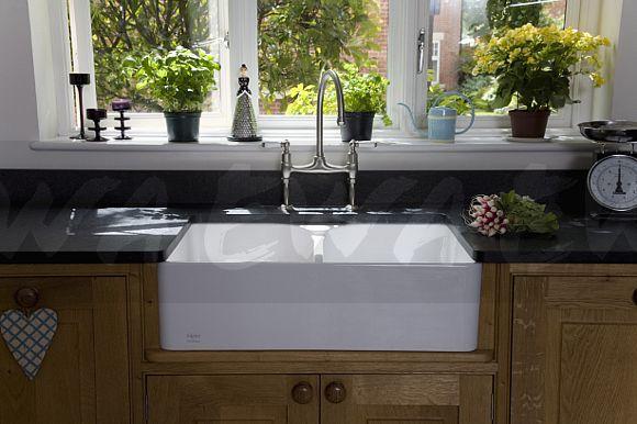 Image: Close-up of Franke double bowl ceramic Belfast sink - EWA Stock ...